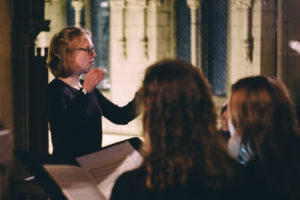 Anna Beresford conducting Ad Solem at the Church of the Holy Name, November 2018